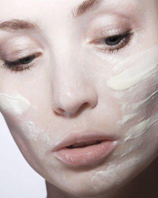 低価格のニベアは美白と乾燥肌に効果があるのは本当?